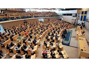 Parlamentoya Swêdê biryara piştevaniya Pêşmerge pesend kir
