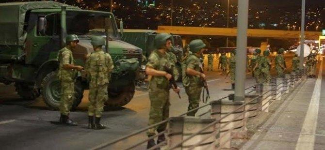 Tirkiye: Hewildana derbeya cuntayeka leşkerî