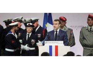 Macron: Em ê îsal jî li Iraq û Sûriyê bimînin