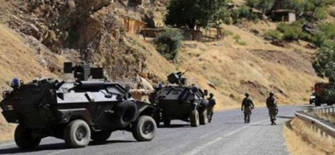 Colemêrg: PKK êrîşê leşkerên Tirk kir; 5 kuştî û 8 birîndar