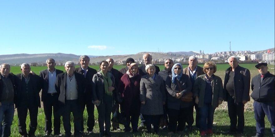 Tifaqa Welatperwer û Demokrat li Erganîyê belavok belav kirin.