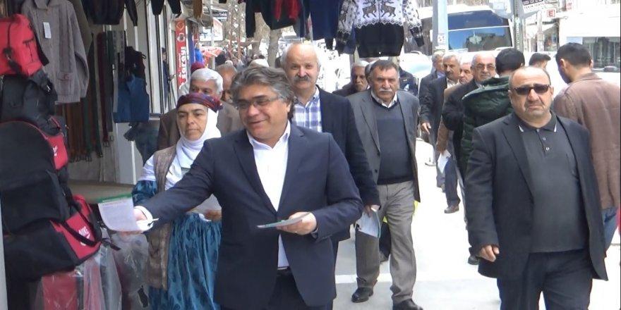 Serokê PAKê Mustafa Ozçelîk bang li kedkarên Tifaqa Welatperwer û Demokrat kir