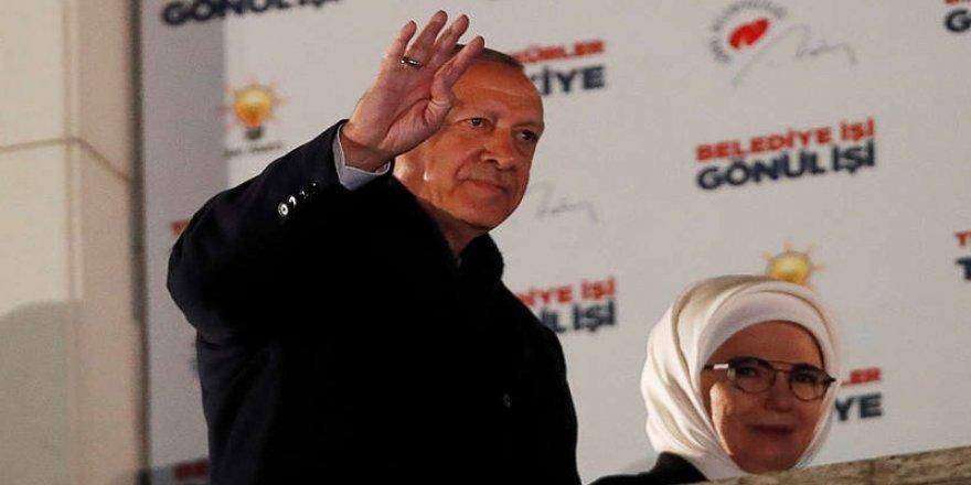 Economîst: Encamên bajarên mezin, Erdogan xiste tengasîyê