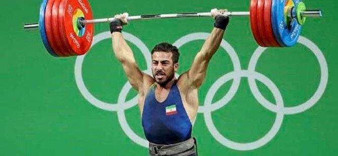 """Şampiyonê halterê: """"Ez xizmetkarê hemû kurdên cîhanê me"""""""