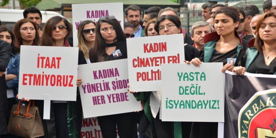 Li Amedê kuştina parêzera jin hat protestokirin