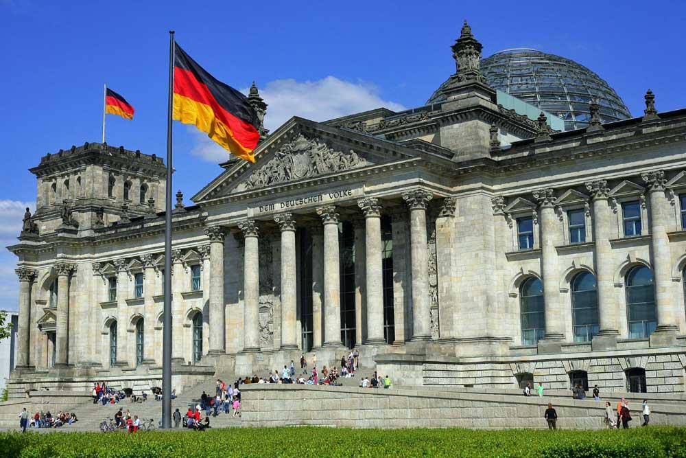 Encûmena Jinên Êzdî li dijî du wezaretên Almanyayê doz vekir
