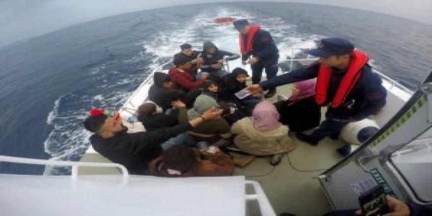 14 koçberên Kurd di rêya Ewropayê de hatin girtin
