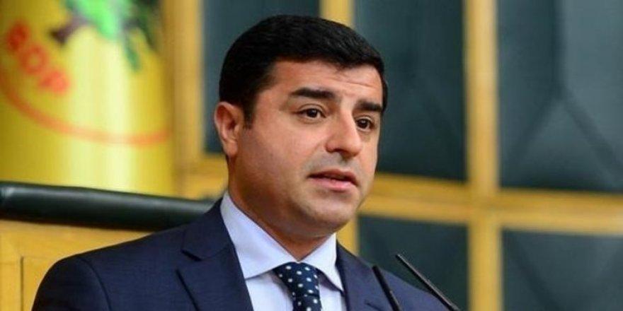 Demîrtaş mehkema de yo: Ez Kurd a, welatê mi Kurdistan o!