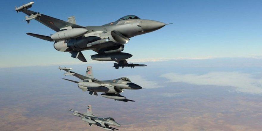 Balefirên artêşa Tirkiyê kampa Mexmûrê bombebaran kirin!