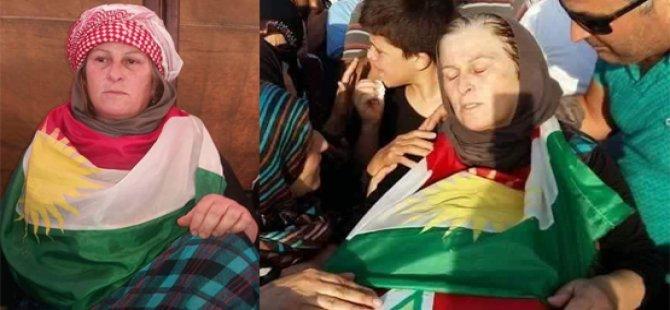 PYD nehişt ku termê kurê xwe yê şehîd bi ala Kurdistanê veşêre