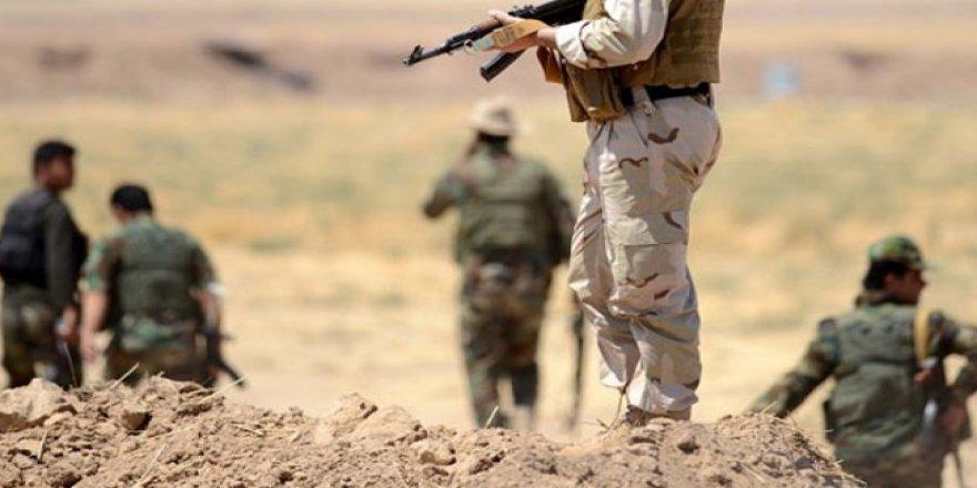 Hêzên Îranê li sînor kasibkarekî Kurd kuştin
