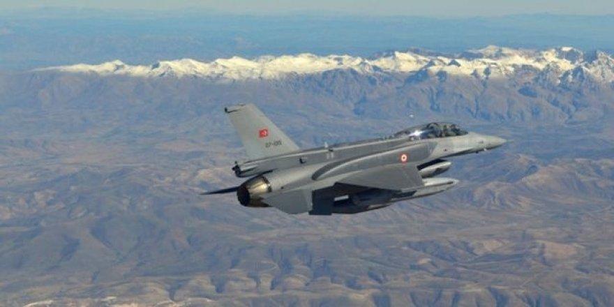 Teyarayanê Tirkîya Koyê Metîna bombarduman kerd