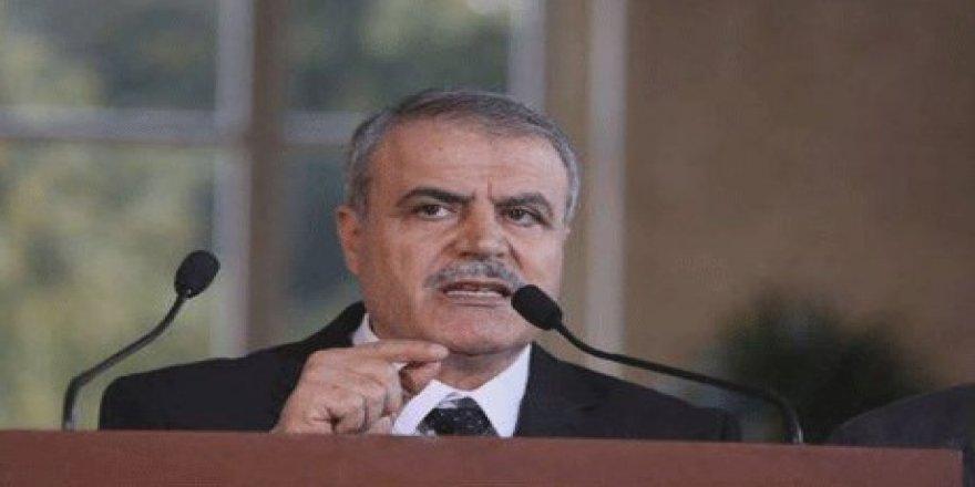 Serkirdeyê Opozisyona Sûriyê Kurdan dişîbîne ajelan