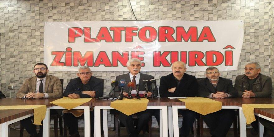 Platforma Zimanê Kurdî nexşerêya perwerdeyê amade dike