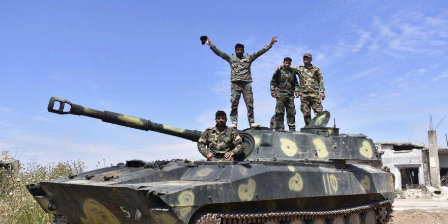 Artêşa Sûriyê li derdora Xan Şêxûnê pêş dikeve