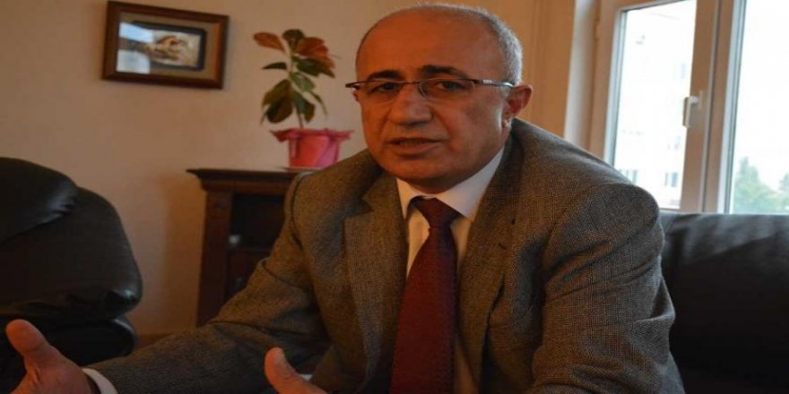 Aktar: Dewleta Tirkiyê riya siyasetê ji Kurdan re digire