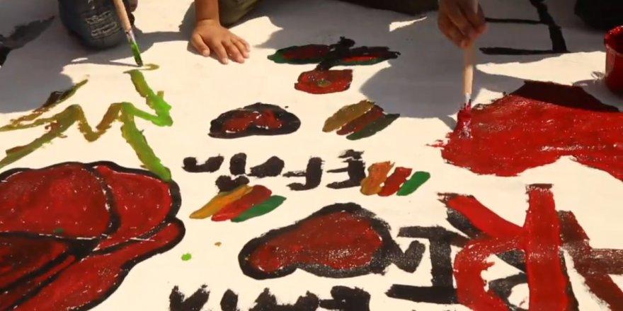 Zarokên Koçberên Efrînê Mezintirîn Tablo Çêkirin