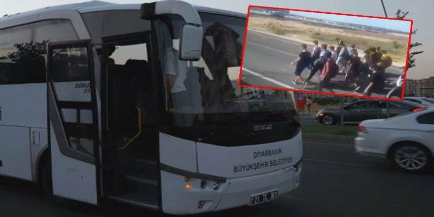 Qeyûmê Diyarbekirî dest rona otobûsa Amedsporî ser o!