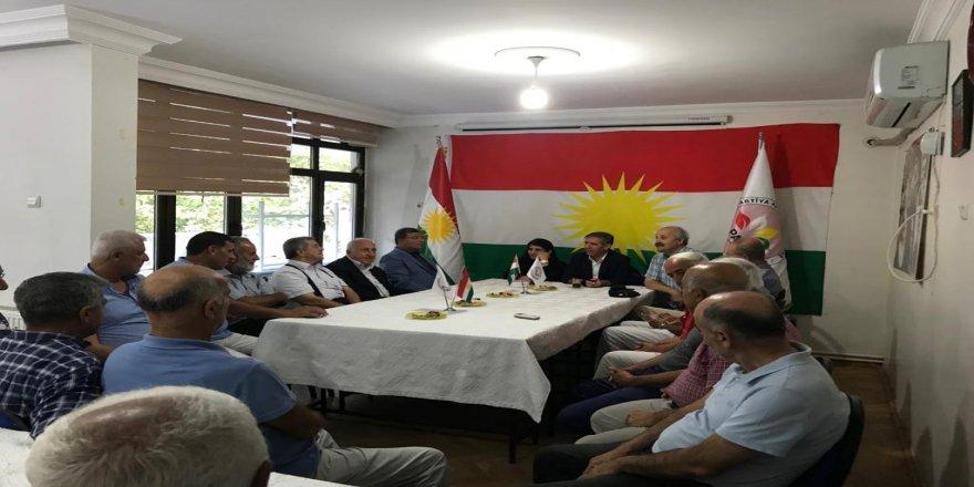 Nuştoxo Kurd Seîd Memûzînî Amed de PAK zîyaret kerd