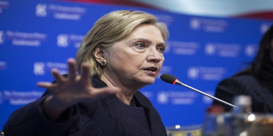 Clinton: Trump xîyanetek kirêt li kurdan kir!