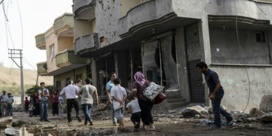 Rapora 'Bajarê Wêran': 400 Hezar Kurd ji Neçarî Warên Xwe Hêlane