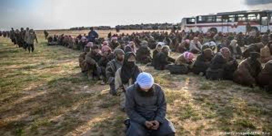 Îdarekarêkê Hukmatê Iraqî: Çekdarê DAÎŞî Tirkîya de yê!