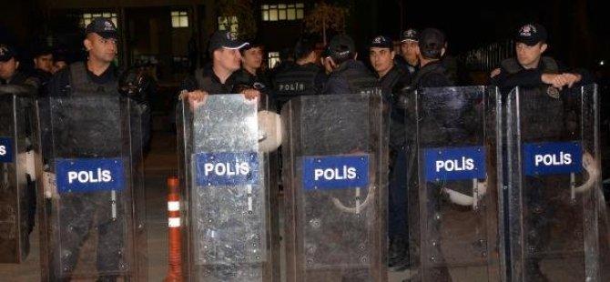 Polês li Amedê midaxaleyê xwepêşandanan kir; 25 kes hatin binçavkirin