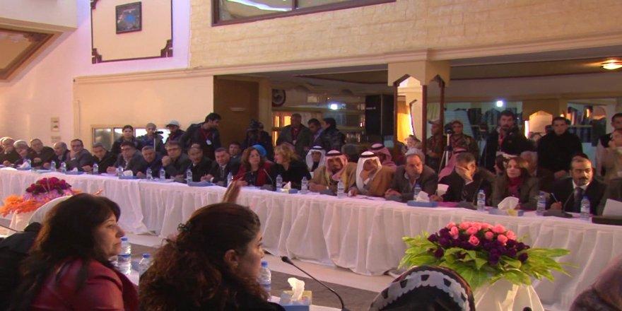 Sûrîya pirojeya Rêveberîya Xwecihî bo Rêveberîya Xweser pêşnîyaz dike