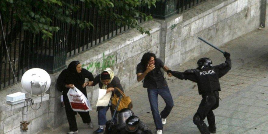 Hengaw: Rojhilatê Kurdistanî de 2 hezar protestogerî amê tepiştene