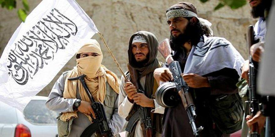 Çekdarên Taliban 45 kes revandin