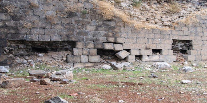 Kerrayê Sûrê Amedî yenê cêravetiş û rotiş