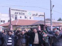 Tirkiye navenda Efrînê topbaran dike!