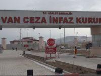 Girtiyekî bo Efrînê xwe şewitand!