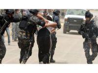 HRW: Hêzên Iraqî bi sedan kes desteser kirine