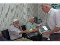 Nivîskarekî Kurd pirtûkên Kurdî bê pere belav dike