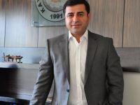 """Demirtaş """"Kurd im, welatê me Kurdistan e, zimanê me kurdî ye"""